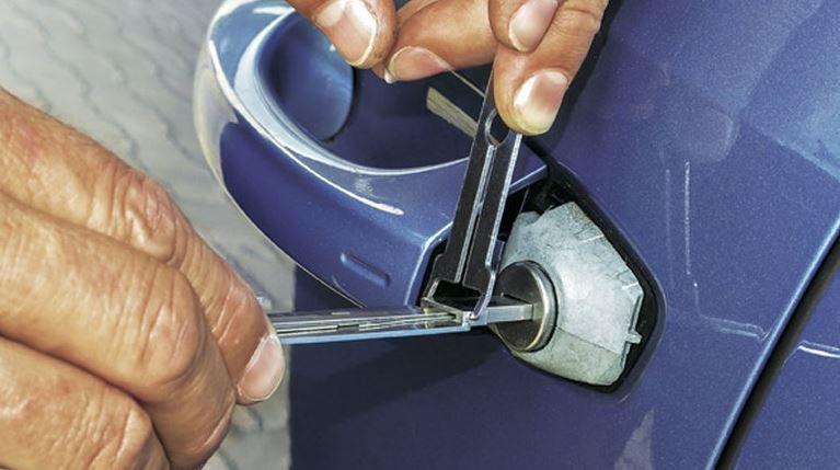 los mejores metodos para abrir coches sin tener llaves