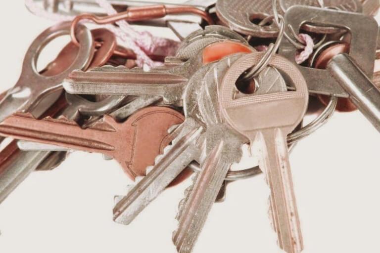cerrajeros Valencia realiza amaestramiento de llaves y cerraduras
